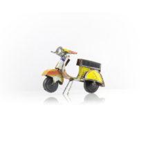 Motorroller, rezikliertes Blech